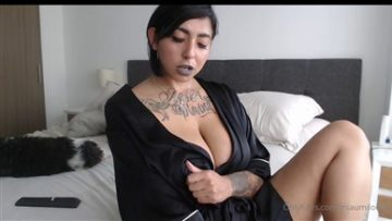 Miaumiloucb Onlyfans Nipples and Clit lover You Wanna Lick them Porn Video