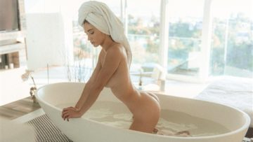 Natalie Roush Nude Bath Photos Leaked