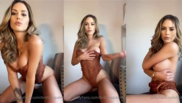 Brittney Palmer Nude Lingerie Teasing and Nip Slip Video Leaked