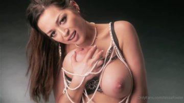 Tessa Fowler Nude Sucking Tits Porn Video Leaked