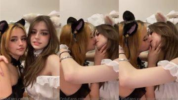 Hannahowo Nude Lesbian Kissing Video Leaked