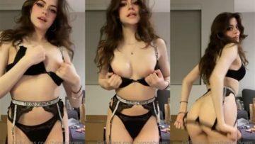 Hannahowo Nude Tits Teasing Video Leaked